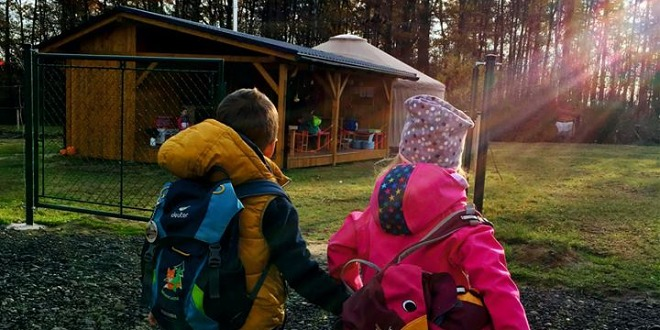 Každé ráno vyrážíme do lesní školky